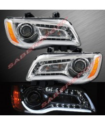 Фары передние 2011-2014 CHRYSLER 300 HALOGEN TYPE HEADLIGHTS CHROME w/ LED ILLUMINATE BAR PAIR